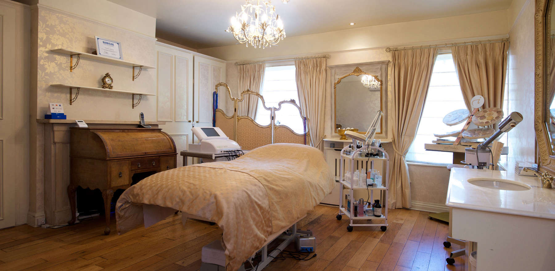 Professional beauty therapy and make-up in Guildford, Surrey.